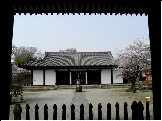 02-153   新薬師寺).jpg