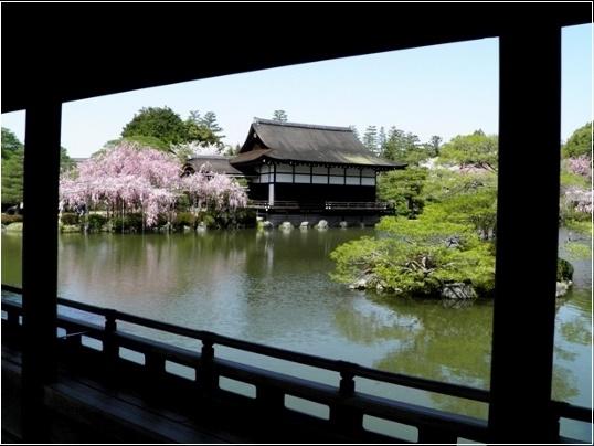 02-179  平安神宮(538x404).jpg